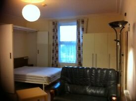 Nice studio near center in Maidstone