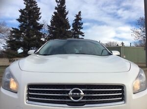 2010 Nissan Maxima, S-Pkg, Auto, Loaded, leather, roof, $11,500 Edmonton Edmonton Area image 2