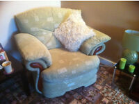 Fantastic Sofa with recliner for sale
