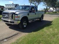 2009 Ford F-350 XLT PRICED FOR QUICK SALE!!!OPEN TO OFFERS