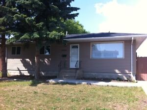 Have the best of it all---LOCATION, STYLE AND CONVENIENCE! Edmonton Edmonton Area image 1