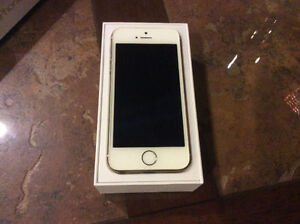 Factory unlocked iPhone 6 128 gb in mint condition