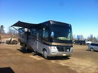 2011 Holiday Rambler Motor Home