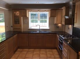 Beautiful Broadoak Kitchen with granite and siemans appliances