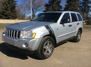 2005 Jeep Grand Cherokee, AUTO, 4X4, LEATHER, ROOF, $6,500