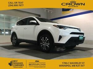 2016 Toyota RAV4 LE *AWD/ ACCIDENT FREE*