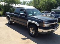 2003 Chevrolet 2500 Z71 6.0 litre  Extracab NO MVI  As IS $3500.