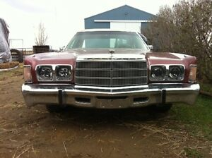 For sale 1977 Chrysler Newport for parts