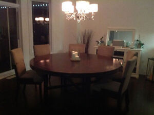 Beautiful set of 6 Ashley fabric and wood dining chairs