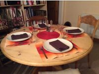 Dining table in great condiition