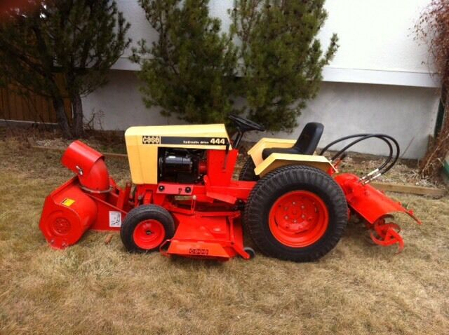 Nice case 444 with 3 implements for Case kijiji