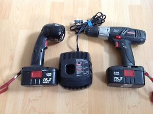 Craftsman 19.2 Volt Drill.Flashlight and charger