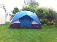 Dome tent for sale in good condition