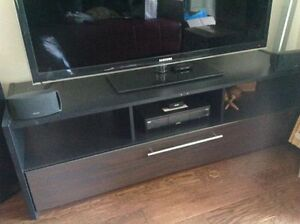 Like new entertainment unit