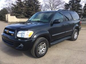2005 Toyota Sequoia, LIMITED, 4X4, LEATHER, ROOF, DVD, $12,500