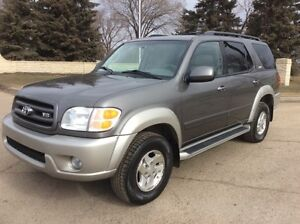 2004 Toyota Sequoia, AUTO, 4x4, LOADED, ROOF, $8,500
