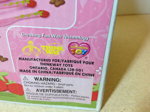 **NEW IN BOX** 2003 Strawberry Shortcake Chocolate Shape Maker Cambridge Kitchener Area image 6