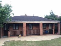 1 bedroom flat with double bed, ensuite and private access