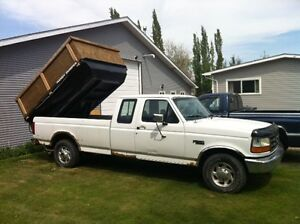 1995 Ford F-250  with Handy Dump. Excellent for storm cleanup