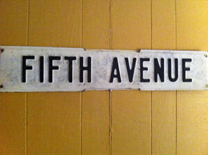 Fifth Avenue Metal Street Sign