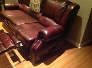 Cuir chaise fauteuil dans grand montr al petites annonces class es - Chaise en cuir a vendre ...