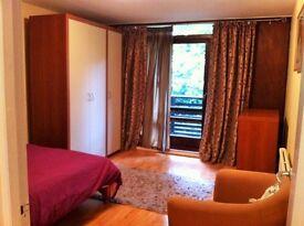 LARGE ROOM WITH BALCONY WEST HAMPSTEAD-KILBURN