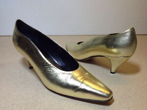 Town Shoes brand metallic leather heels - size 8.5 Cambridge Kitchener Area image 4