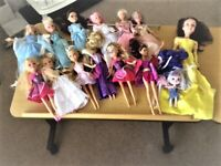 MY ASSORTED - COLLECTIOM OF 15 GIRL DOLLS WITH CLOTHES AND SOFT HAIR