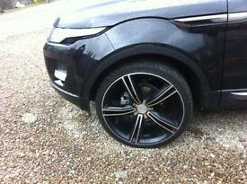 Range Rover Evoque 22inch alloys