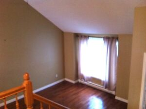 GREAT LOCATION!! BEAUTIFUL 3 BEDROOM HOME.