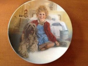 Annie and Sandy collectable plate