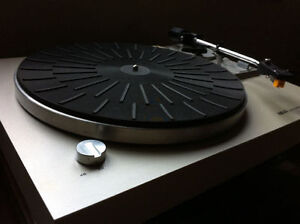 Akai Vintage AP-B20C Turntable Record Player Automatic Return West Island Greater Montréal image 1