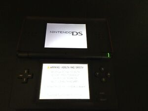 Nintendo DS Lite Red and Black West Island Greater Montréal image 4