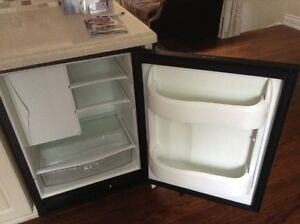 U Line Under Counter Front Venting Fridge.As New