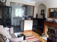 Two bedroom house with garden in North London
