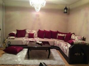 Beautiful customized Sofa set with table for sale