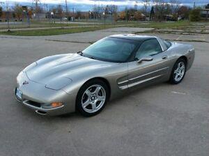 1999 Chevrolet Corvette Coupe (2 door)