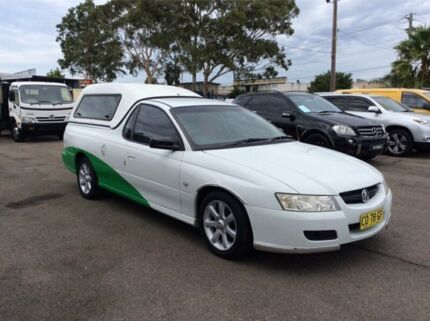 2006 Holden Ute VZ MY06 Utility Extended Cab 2dr Auto 4sp 818kg 3.6i White Automatic Utility