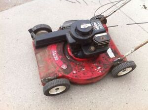GAS Briggs and Stratton 3.5HP self propelled lawnmower