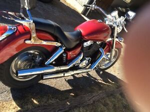 2004 Honda Shadow 1100 V-Twin Sabre