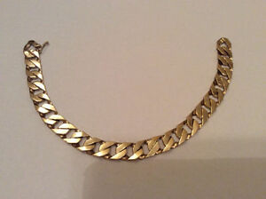 Mens 10K Yellow Gold Curb Link Bracelet