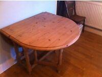 Solid Pine Drop Leaf (gate leg) table