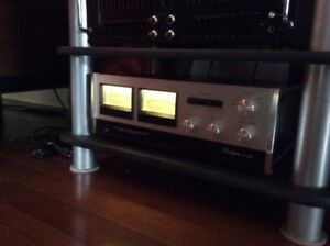 Accuphase  P300