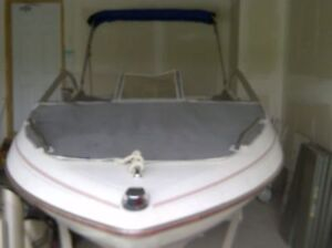 1990 15' Bayliner Capri with 1992 70 HP Johnson Boat for sale