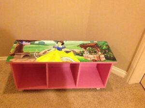 Disney Snow White storage bench