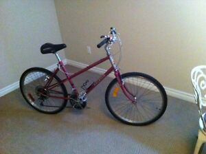 RALEIGH ROCKY II LADIES CANADIAN MADE 10 SPEED