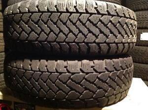 2 pneus d'hiver 195/65 r15 snowtrakker radial st-2.   75$