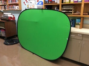 5-Feet x 7-Feet Collapsible Chromakey Green and Blue 2-in-1 Back