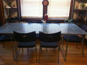 IKEA - Modern Kitchen Table with 6 Chairs