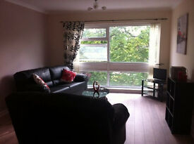 Lux refurbished 2nd floor, 2 Bedroomed Flat modern, off Jesmond Park East in Jesmond, no agents fees